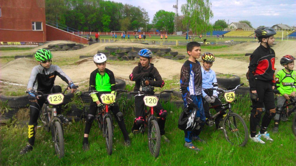 Чемпіонат області з велосипедного споту ВМХ м. Новоселиця 28-29.04.16